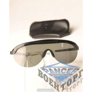 US BLACK SUNGLASSES WITH CASE LIKE NEW