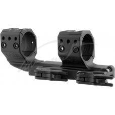 Быстросъемное крепление-моноблок Spuhr QDP-3046 с выносом. Диаметр - 30 мм. Высота основания - 19 мм. Длина - 151 мм. На планку Picatinny